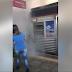 Trem pega fogo e assusta passageiros da CPTM