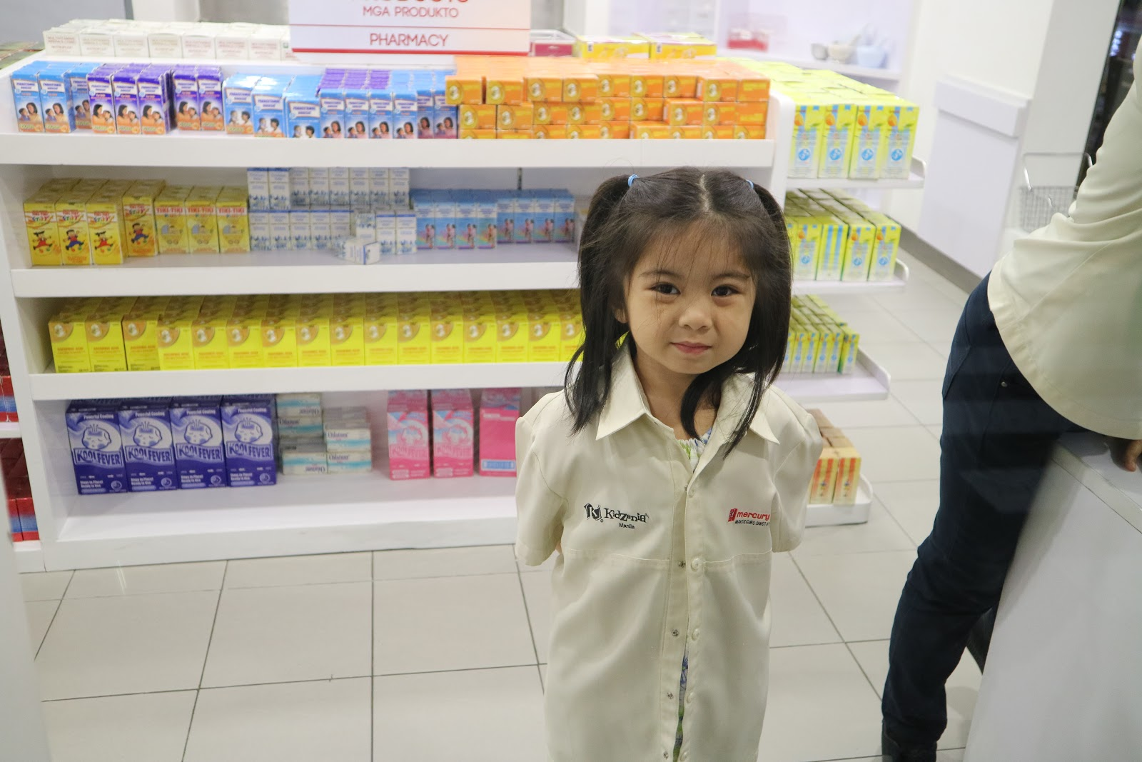 My very gorgeous pharmacist - KidZania Manila