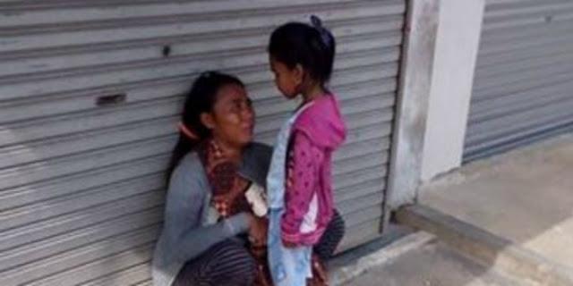 Tangis Penjual Parfum Tangerang di Depan Anaknya ini Jadi Viral di Facebook