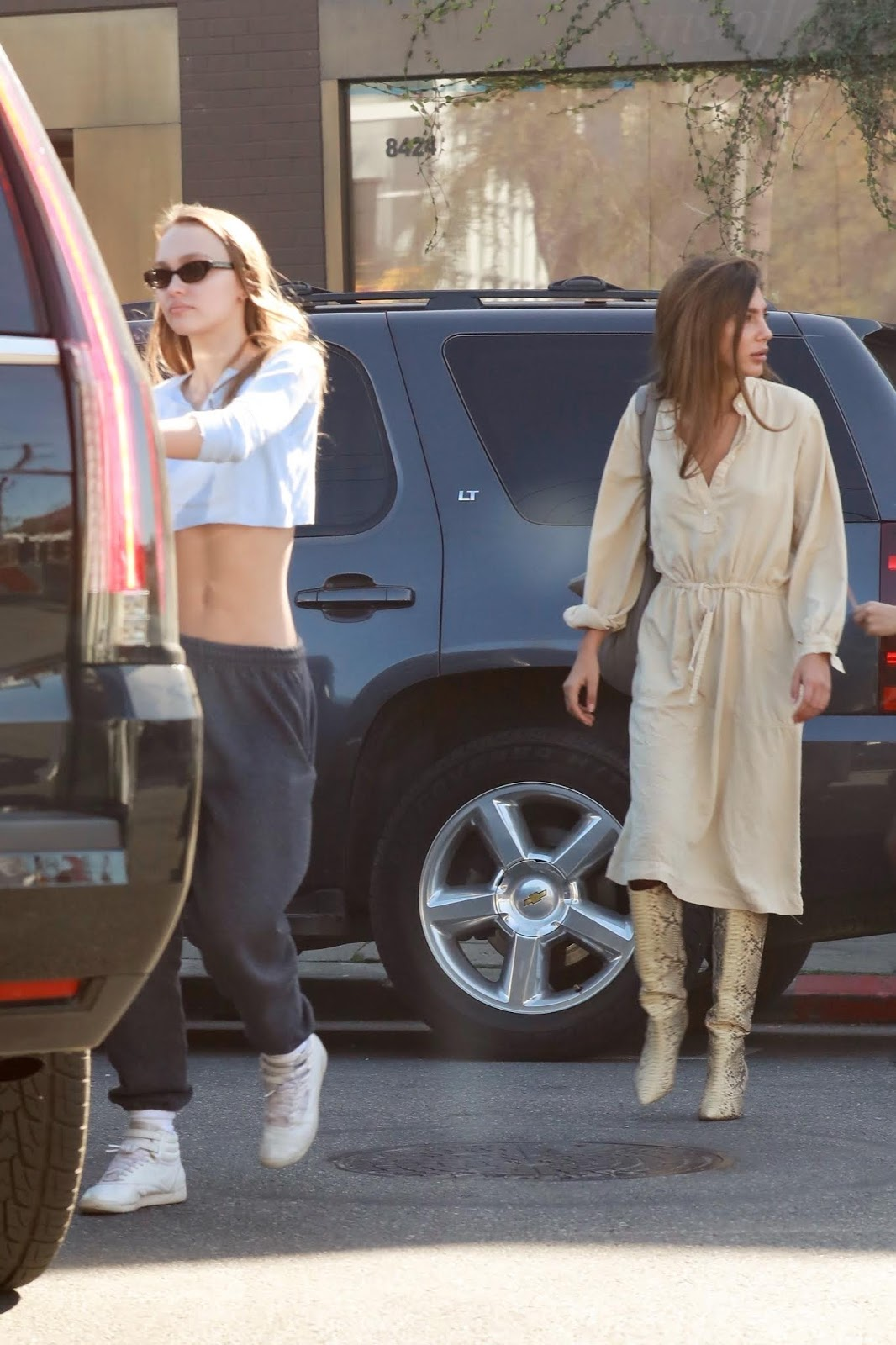 Lily-Rose Depp shows off her model figure through extremely short crop top - 01/27/2019