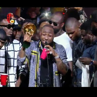 HEADIES AWARD 2018: Davido Says We Rise By Lifting Others, Dedicate Award To Chioma