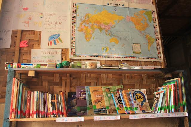 perpustakaan mereka