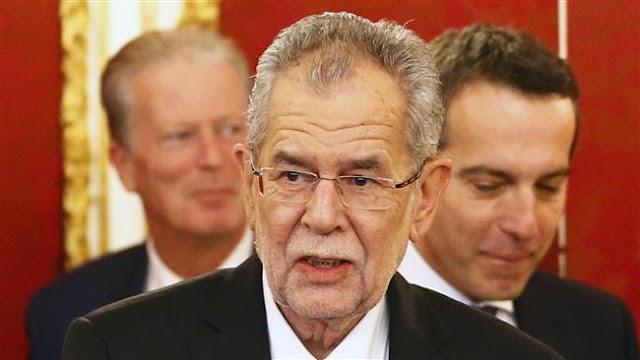 Austria's President Alexander Van der Bellen sworn in amid fears over fate of coalition