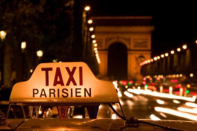 le parisien liberal taxis parisiens vs vtc le combat d 39 arri re garde. Black Bedroom Furniture Sets. Home Design Ideas