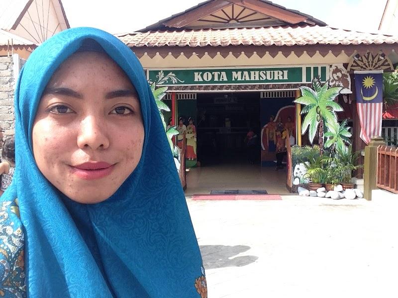 Tempat Menarik Di Langkawi | Kota Mahsuri & Makam Mahsuri
