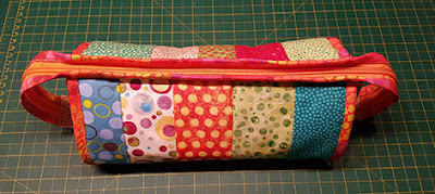 Sew Together Bag i prikkede stoffer