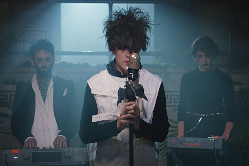MGMT - Little Dark Age - video musical
