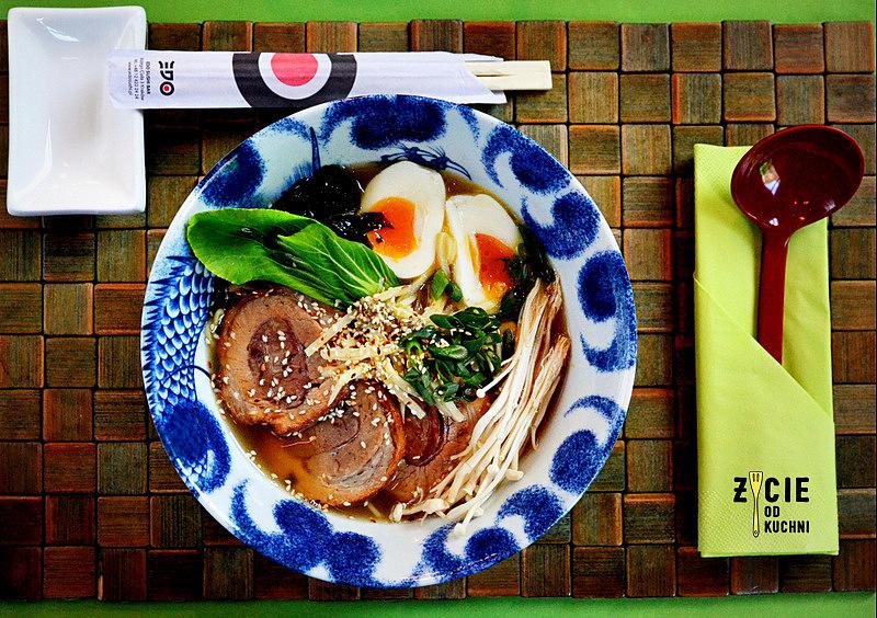 tonkotsu ramen, ramen, ramen w krakowie, edo, edo restauracja, edo sushi, edo fusion, gdzie zjesc w krakowie, kuchnia azjatycka, restauracja azjatycka w krakowie