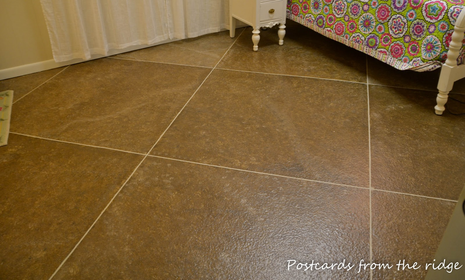 Diy faux painted tile floor postcards from the ridge dailygadgetfo Images
