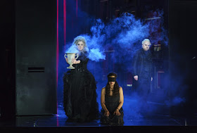 Verdi: Un ballo in maschera -  Sara Fulgoni, Mary Elizabeth Williams, Roland Wood - Welsh National Opera - (Photo © Bill Cooper)