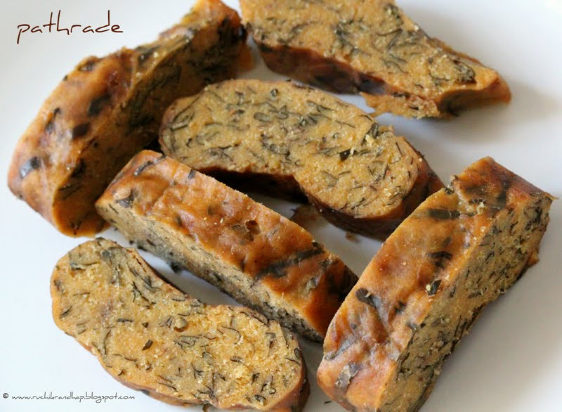 Recipe Of Cake In Kannada: Pathrade (Steamed Rice Cake With Shredded Colocasia Leaves