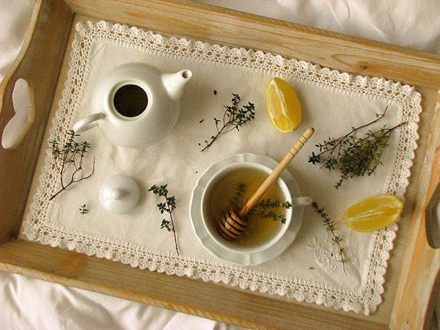 recette de tisane de thym frais, miel et citron