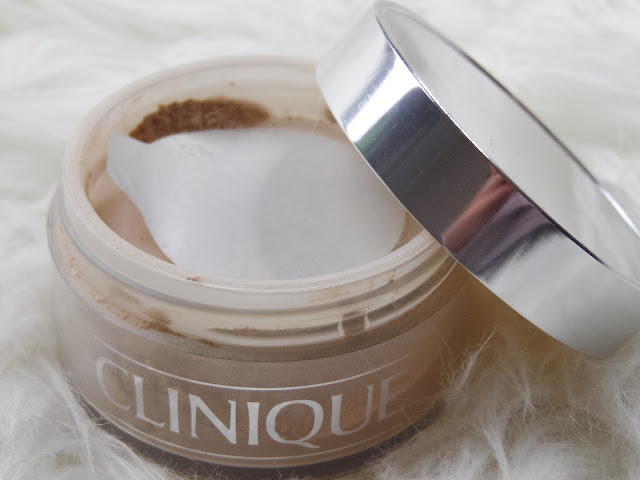 blended face powder clinique