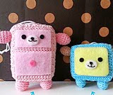 http://www.ravelry.com/patterns/library/wanroom-free-amigurumi-pattern