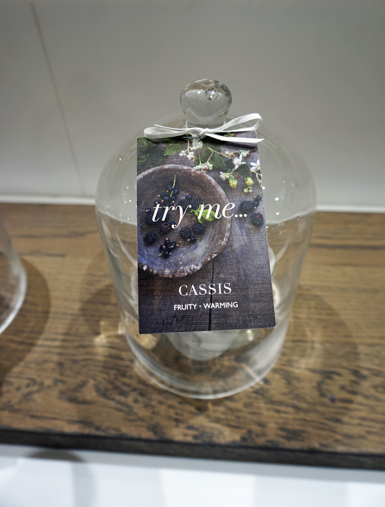 The White Company Cassis Scented Candle Dome