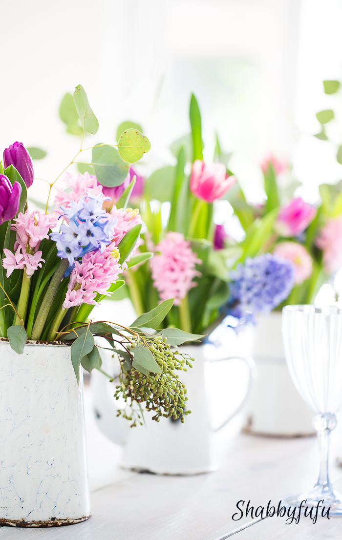 spring decorating flowers tablescape