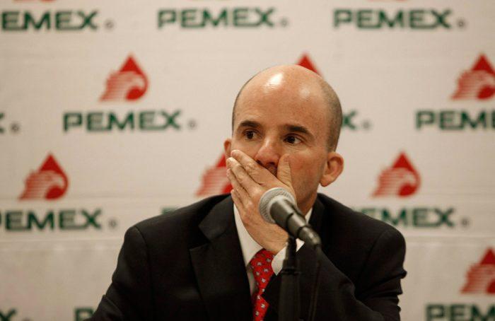 Mil 162 millones para sueldos de 452 altos funcionarios de Pemex