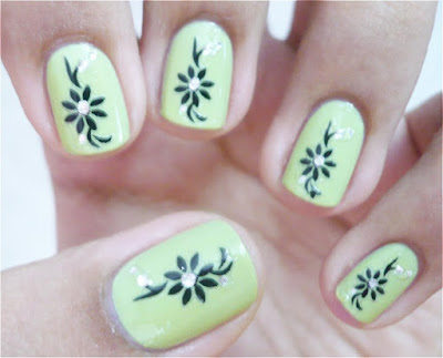 Easy Nail Designs for Short Nails to Do At Home with Picture