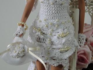 Barbie por Pecunia MM vestido de noiva de crochet detalhes bordados