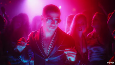 Nick Jonas Premieres 'Champagne Problems'