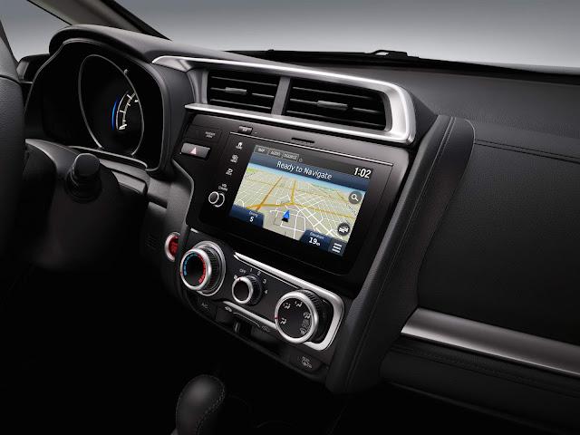 novo Honda FIT 2018 - sistema de informação e entretenimento