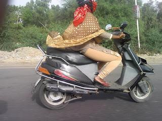 Paki or indian riding white guy