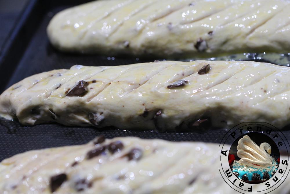 Pains viennois aux pépites de chocolat (pas à pas en photos)