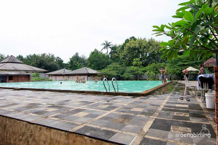 kolam renang buperta