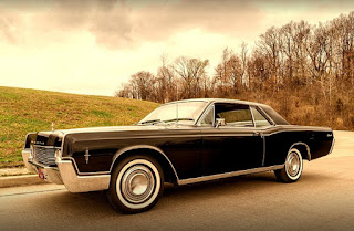 1966 Lincoln Continental Luxury Coupe Front Left