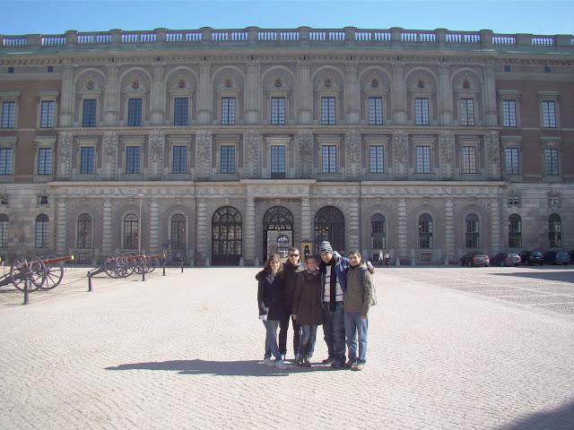 Frente al palacio Real de Estocolmo