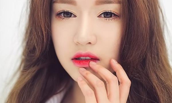 Cách chọn son môi phù hợp tùy theo độ tuổi, làn da và dáng môi