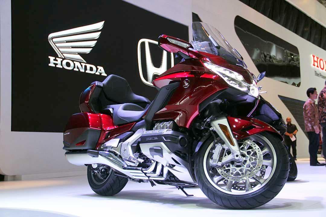 Baru dirilis di Indonesia, Honda Gold Wing 2018 yang dijual dengan harga 1M ini sudah dipesan belasan konsumen
