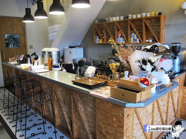 IMG 6453 - CMYK GALLERY | 集會畫教室、藝廊、餐廳於一身的特色餐廳,色彩繽紛的用餐環境,令人賞心悅目,也讓網美們為之瘋狂!