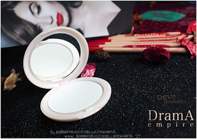 packaging  Drama Matte powder, cipria compatta  drama empire collection neve cosmetics