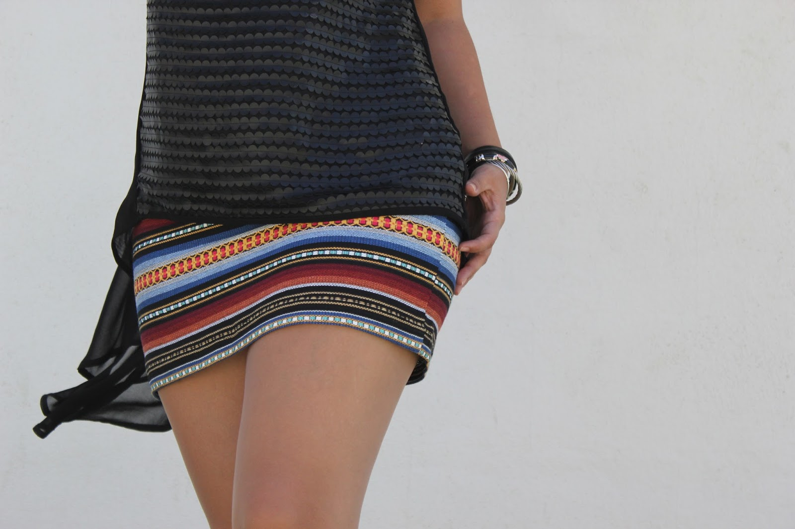 bb0b82d11 Costura fácil: mini falda étnica DIY (patrón gratis) | | Oh, Mother ...