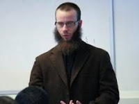 Kisah Mualaf - Inilah Perjalanan Mengharukan Sang Misionaris Yang Memeluk Islam.