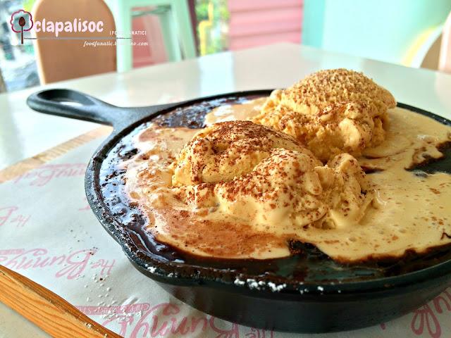 The Bunny Baker Cafe The Ooey Gooey