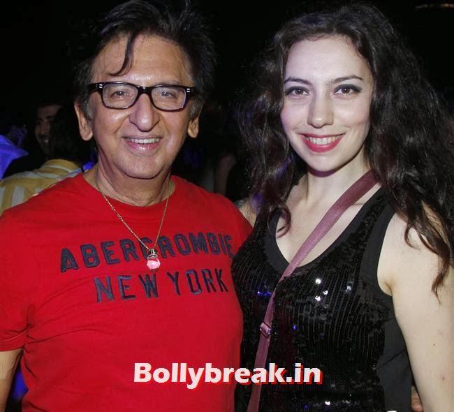 Kailash Surendranath With Sarah, Page 3 Babes at Sunburn Arena DJ AVICII Concert