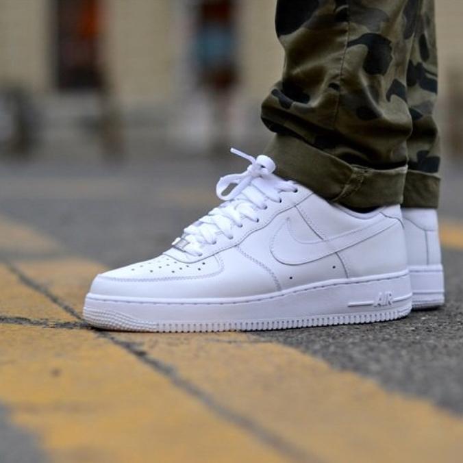 9fa493e1fe3 Macho Moda - Blog de Moda Masculina  NIKE AIR FORCE 1  5 Sneakers ...