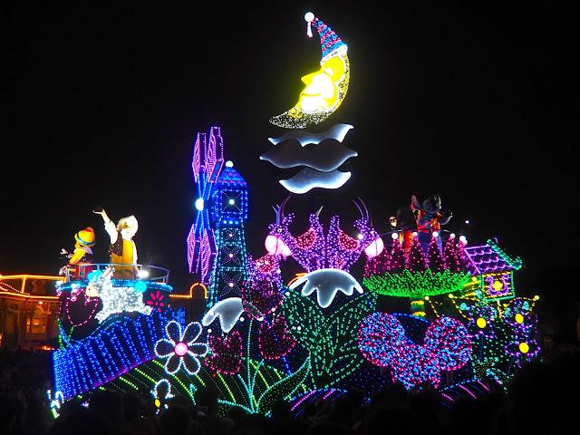 Dreamlights parade, Tokyo Disneyland, Japan