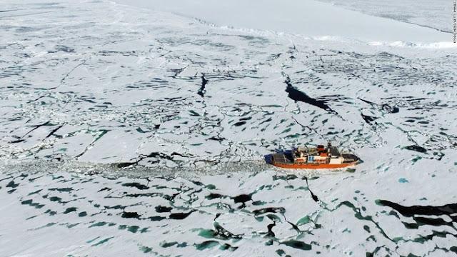 Tàu phá băng Nam Cực