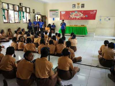 Kunjungan SMK TI Bali Global Denpasar ke SMP Negeri 3 Sukawati Kab. Gianyar