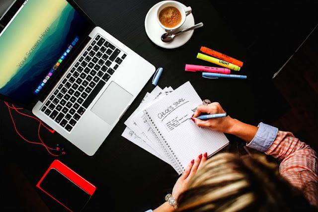 7 Alasan Kenapa Seorang Blogger Banyak Yang Jomblo