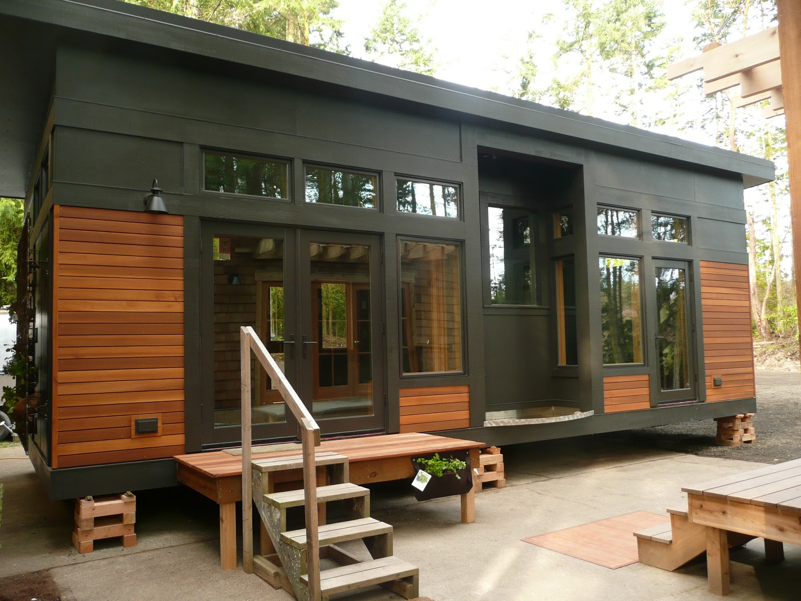 500 sq ft tiny houses pictures inside and out - This 450 Sq Ft Prefab Tiny House Is Both Stunning And Sustainable