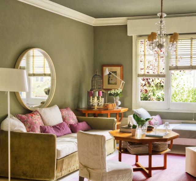 salon decorado en tonos verde