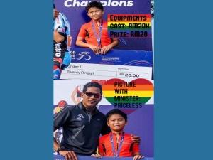Jawapan Khairy Isu Hadiah Berbasikal Rendah