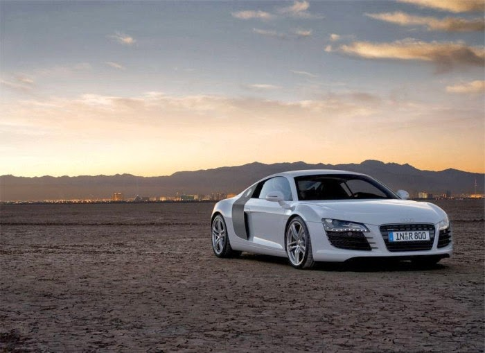 New White Audi R8 On Desert Hd Wallpapers Sport Car Pictures