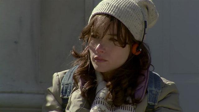 Jocelin Donahue protagoniza 'Offseason' de Mickey Keating