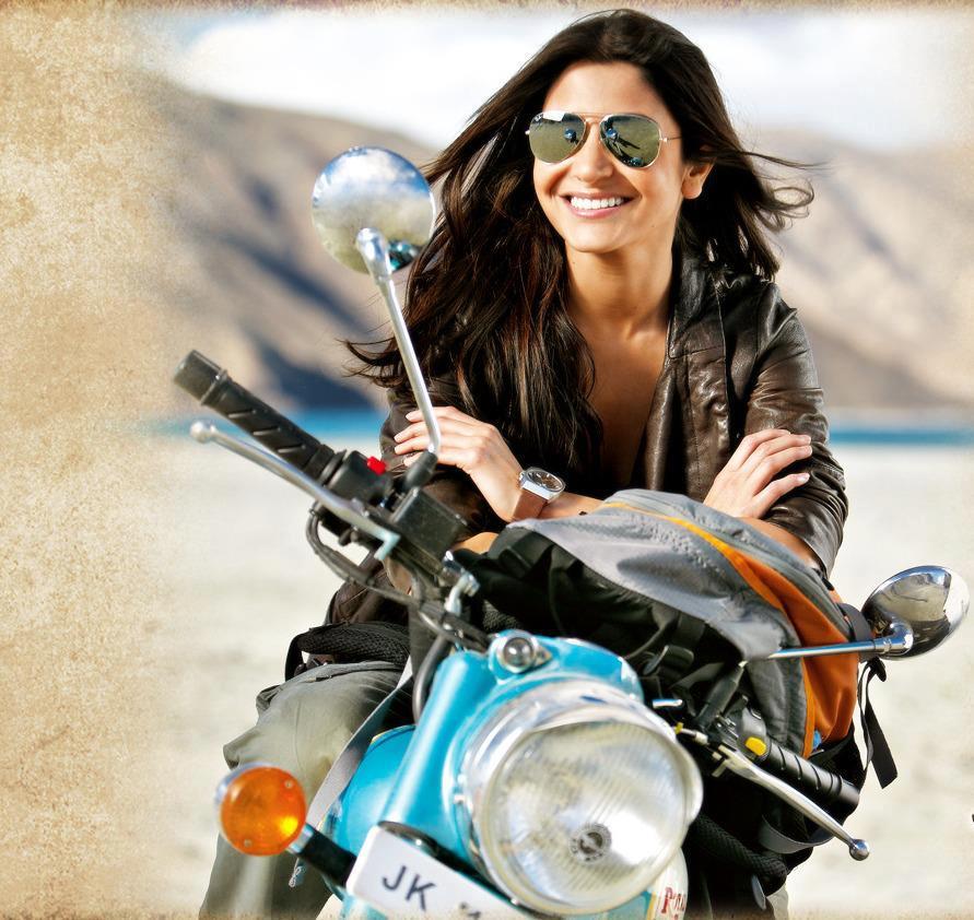 Shahrukh Khan Hd Wallpapers 2012 Anushka Sharma Photos New Movies Collections