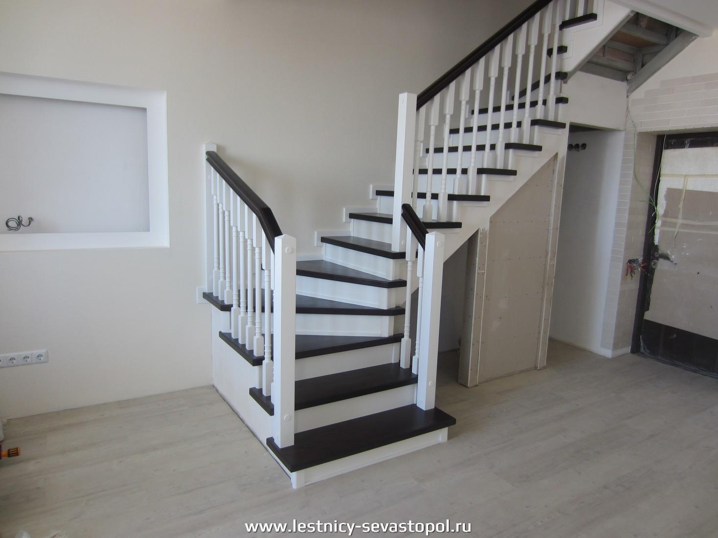 Каркас лестницы